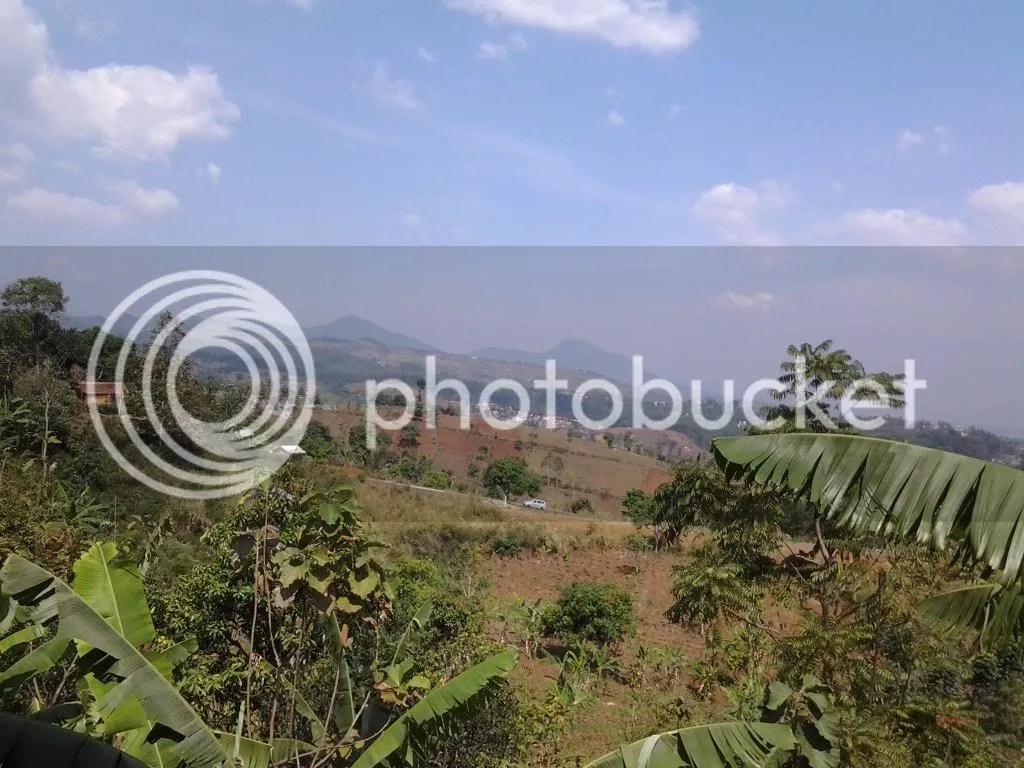 Pemandangan Bandung dari Puncrut di Siang Hari