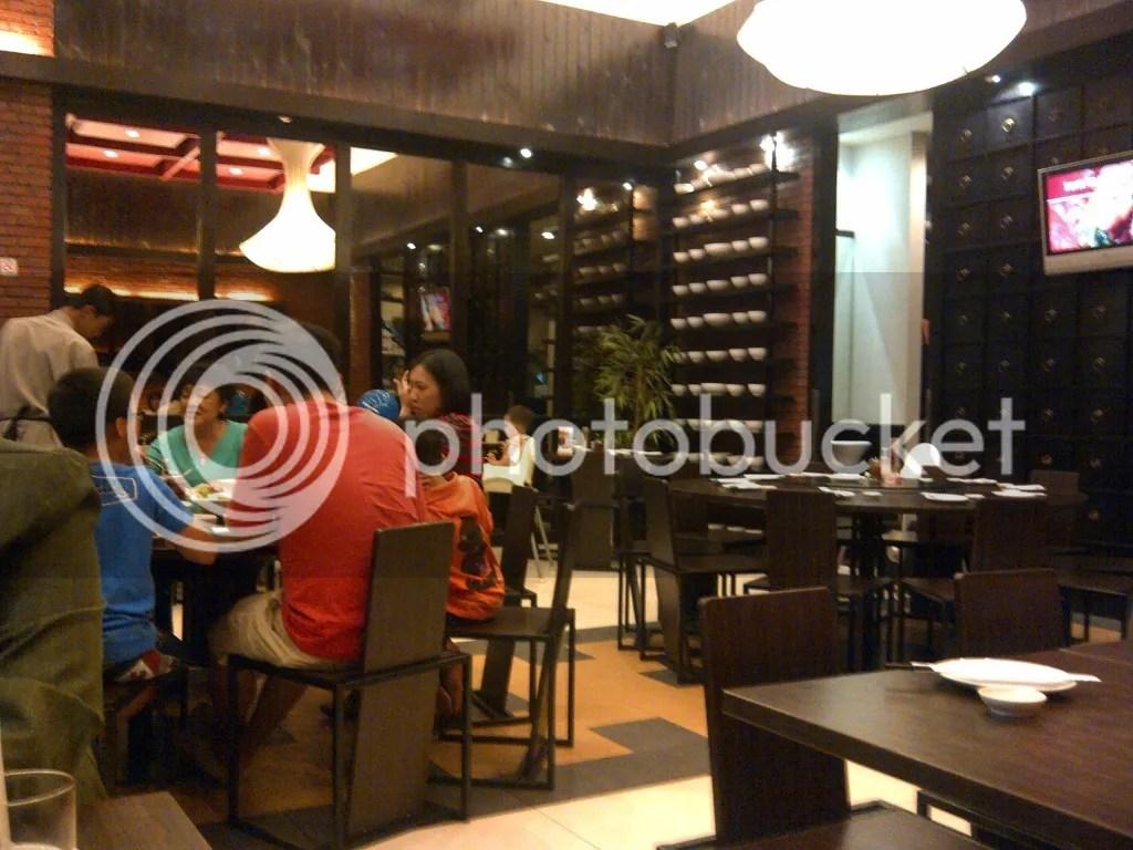 Suasana indoor Ta Wan