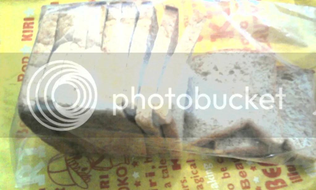 Roti Gandum Gempol yang saya take away