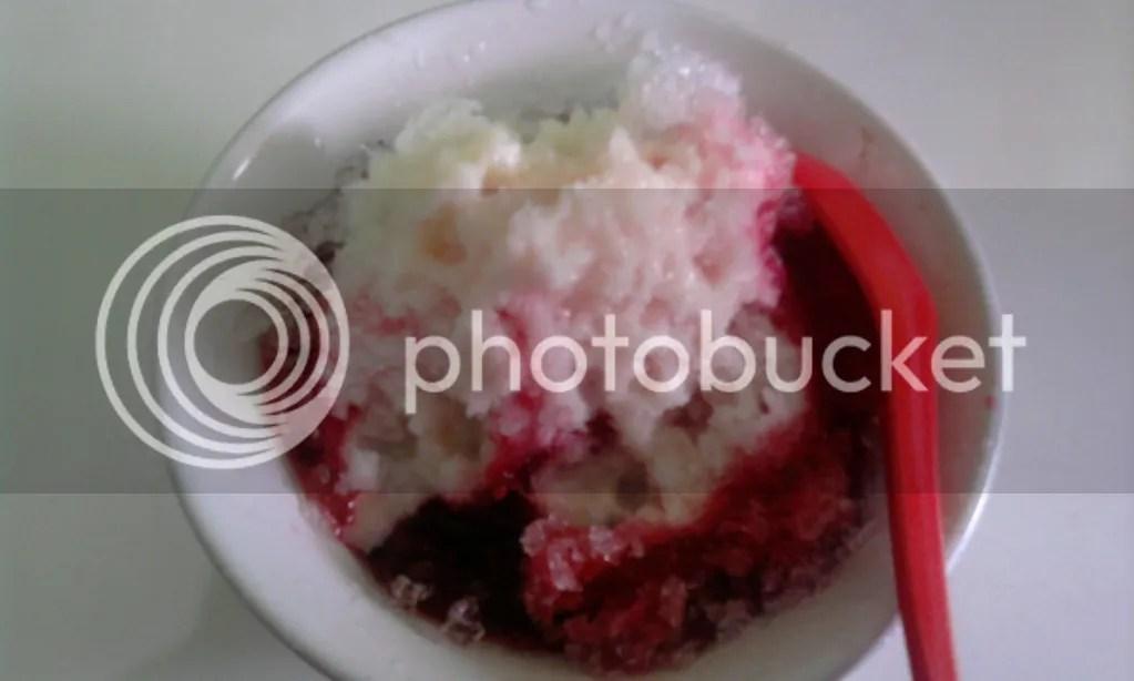 Es Kacang Merah (Rp 6.000)