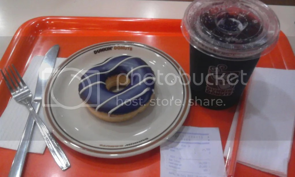 Blueberry Donut + Blueberry Ice (Rp 24.900)