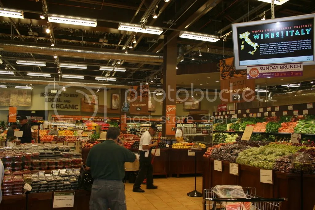 Inside the Whole Foods in Pasadena, as seen in Top Chef Season 4
