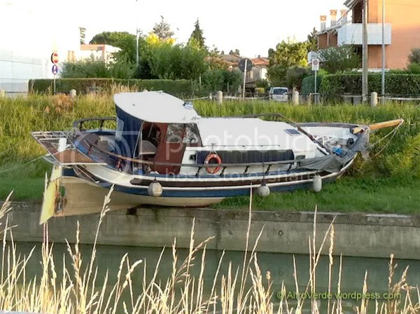 stranded boat on canal Malgher