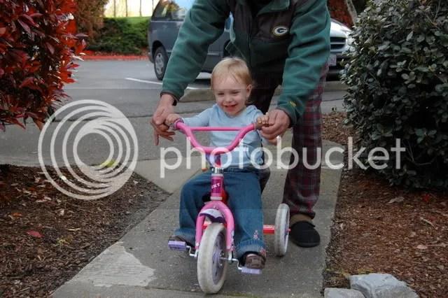 Zoe riding her bike!