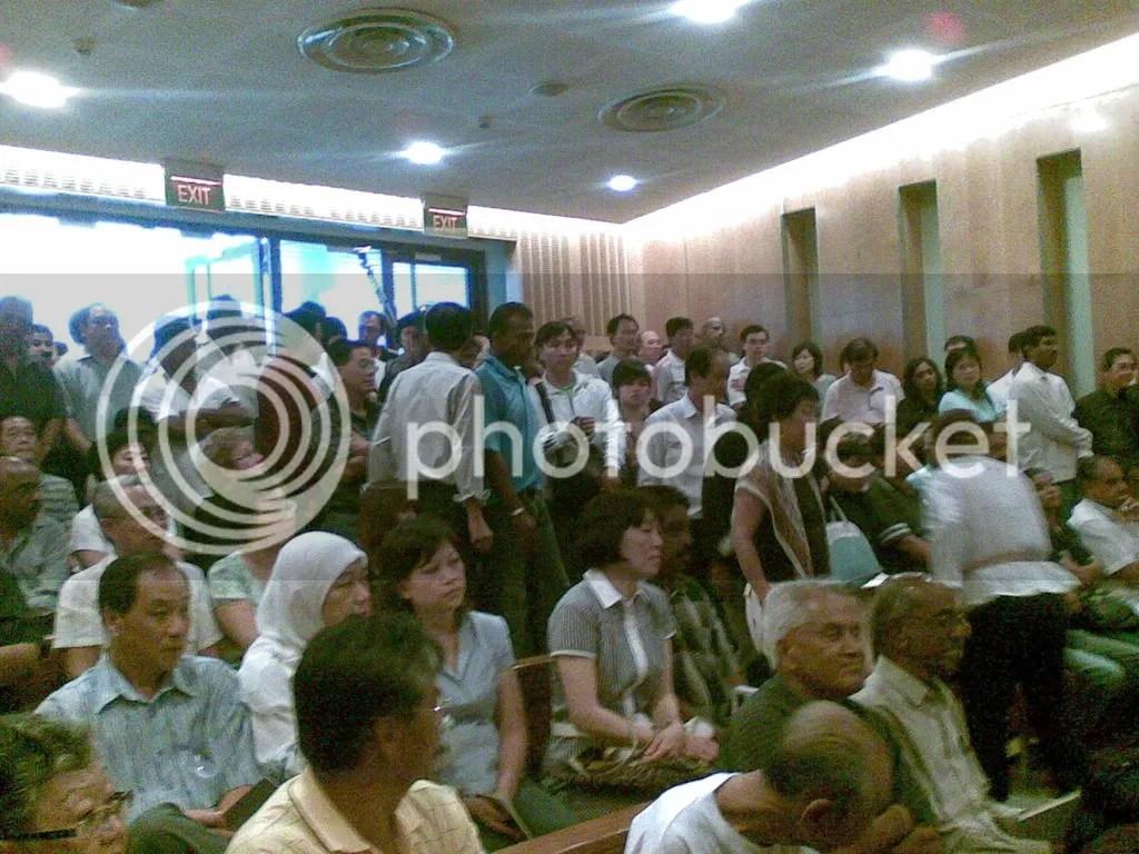 JBJmandai10.jpg JBJ's funeral service at Mandai crematorium picture by wayangparty