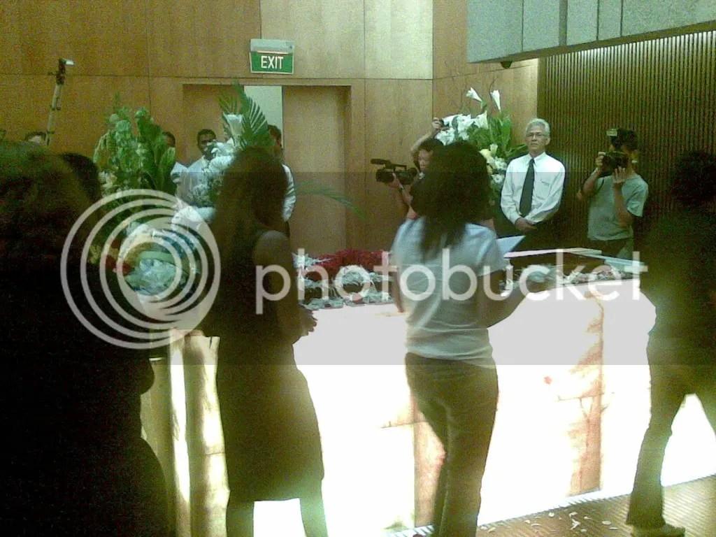 JBJmandai29.jpg JBJ's funeral service at Mandai crematorium picture by wayangparty