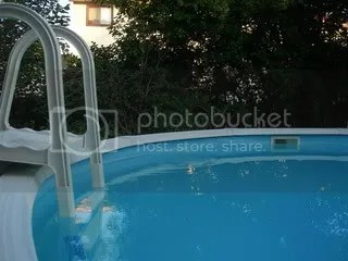 ladder in an above ground swimming pool