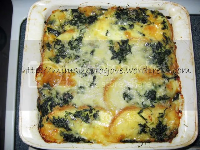 Breakfast Strata with Spinach and Cheddar