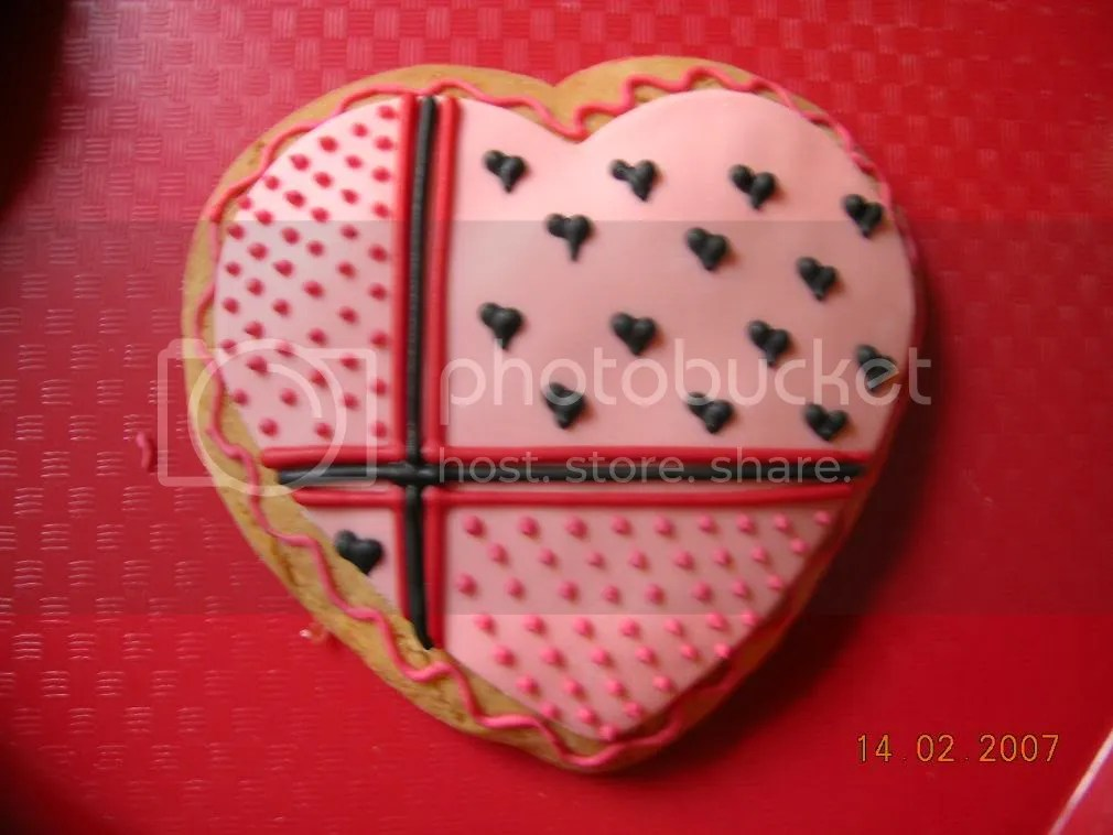 Copy2ofDSCN2619.jpg valentine cookie image by ritaknowles