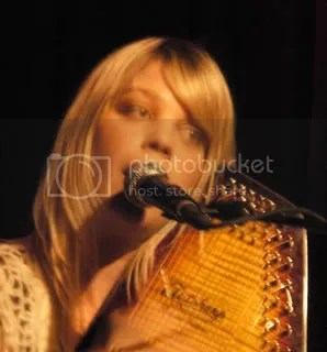 Basia Bulat plays the autoharp.