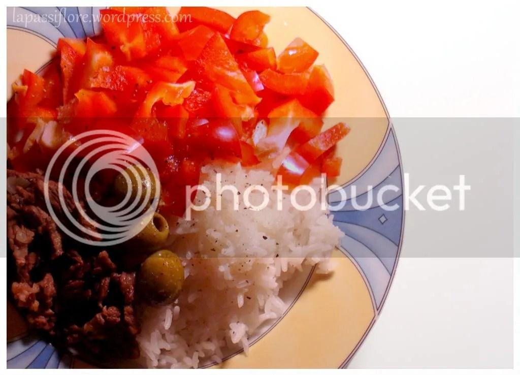 photo MeatVeggiieareequal_zpsb242e998.jpeg