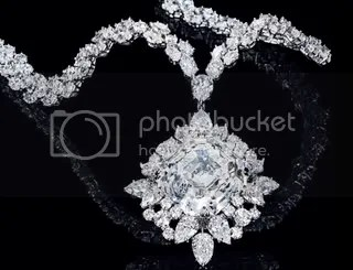 Harry Winston Attraction Necklace