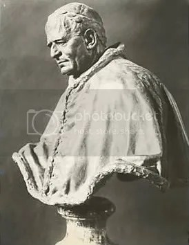 PopePiusXIStatus.jpg picture by kjk76_00