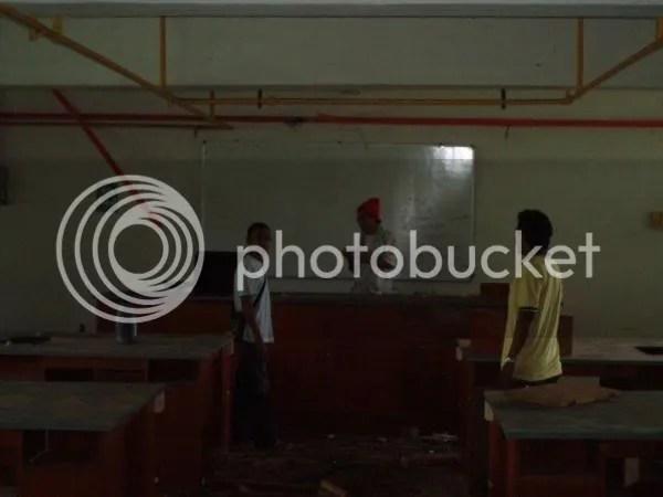 bilik kuliah yang dah tak serupa bilik