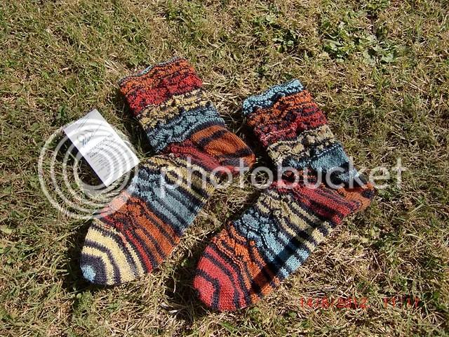 Pippi-Pullover und Socken (2/2)