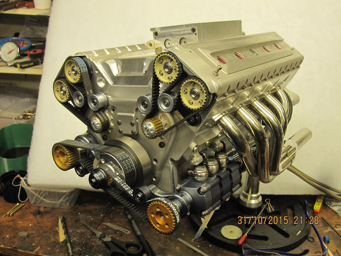 Supercharged Fuel Injected V10 Engine At 13 Scale Hackaday