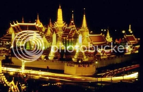 https://i2.wp.com/i282.photobucket.com/albums/kk242/monkboom/bangkok-thailand-travel-tips.jpg
