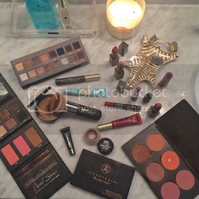 quick five minute face, national lipstick day, lorac eye shadow palette, easy makeup, great foundation brush, nars audacious lipsticks, mac blush in format, too faced velvet liquid lipstick, best makeup products, eye shadow palettes, the red lip