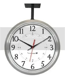 Hanging Brushed Aluminuim Clock IW-1