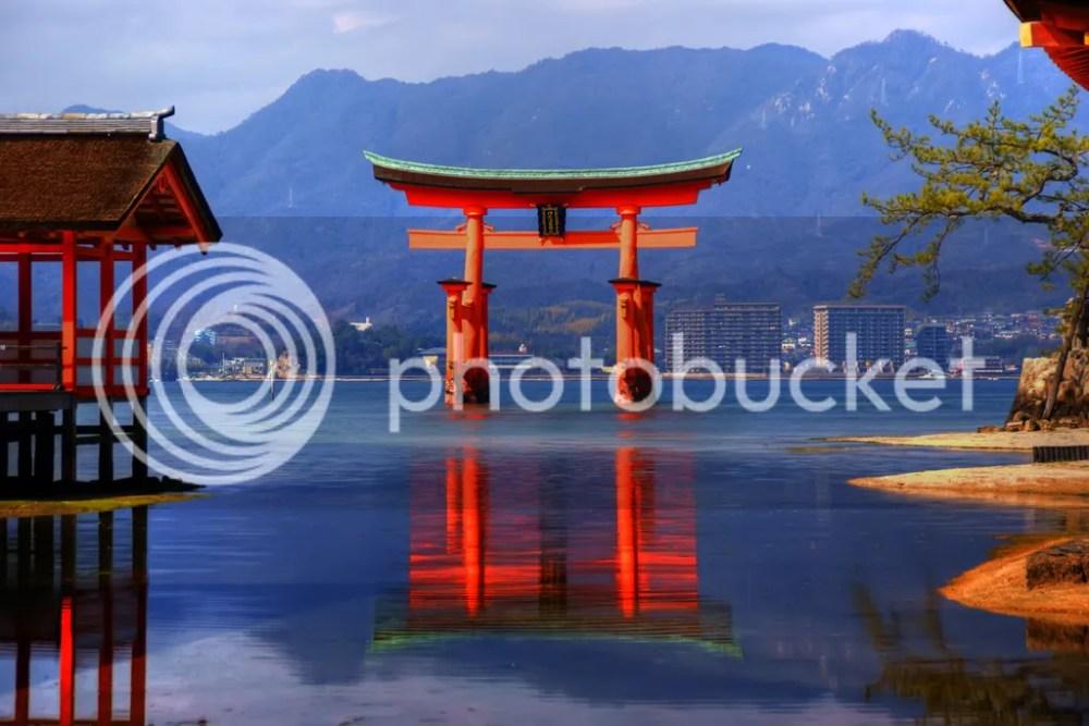 photo itsukushima-shrine.jpg