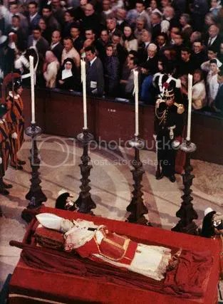 FuneralServiceforPopePiusXII2.jpg picture by kking8888