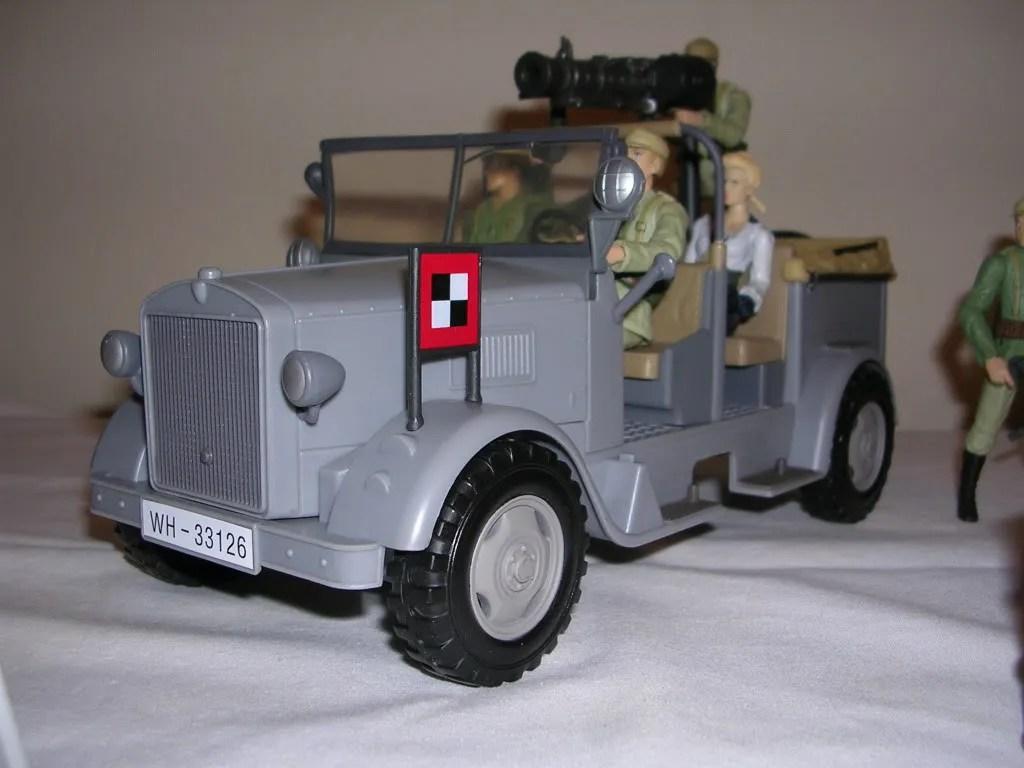 Indiana jones german troop car by hasbro figurefan zero for Jones motor company trucking