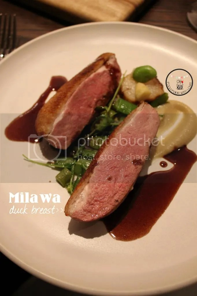 Milawa duck breast with shallot puree, asparagus and peas