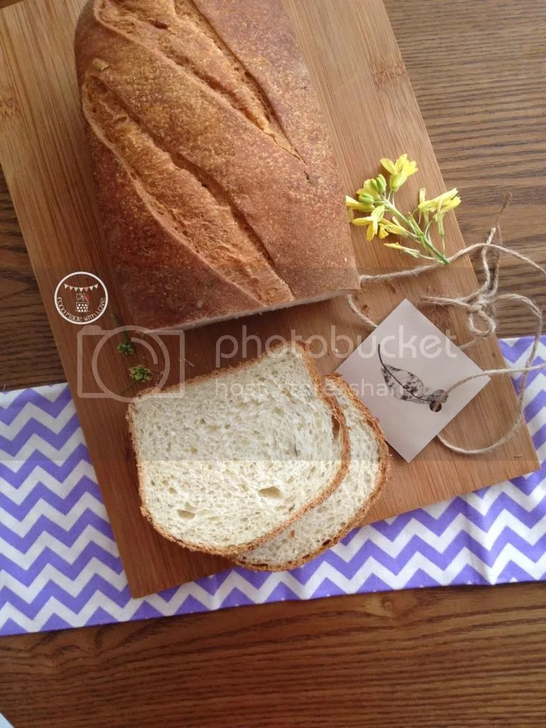 potato, honey and rosemary bread