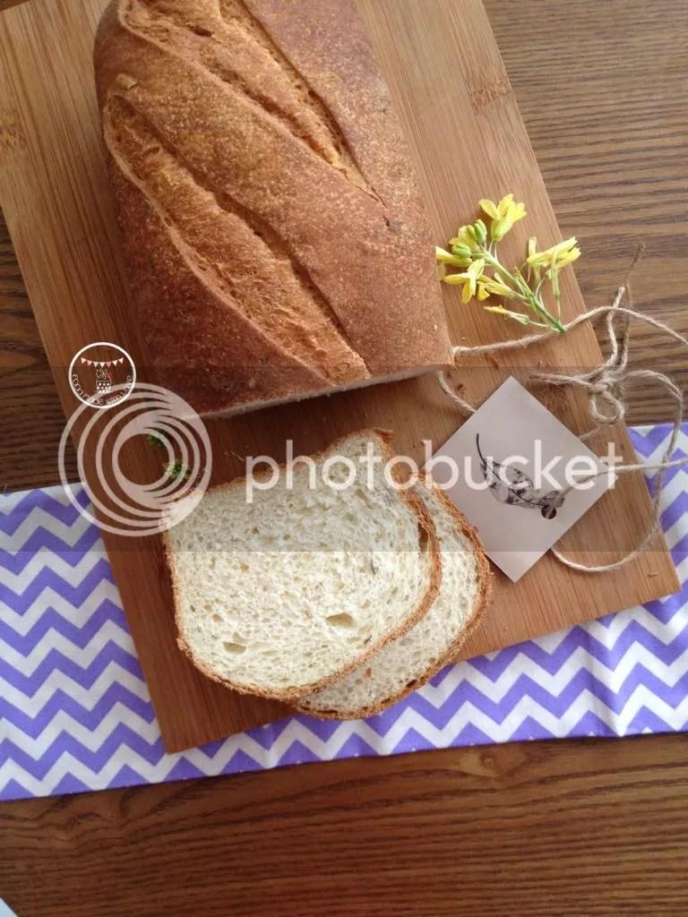 potato, honey and rosemary bread