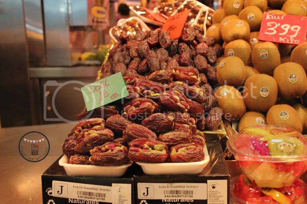 pistachio stuffed dates