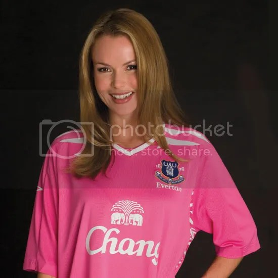 best service 66437 25acf A Pink Shirt is NOT an Everton Shirt   They Think It's All ...