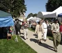 Buy Fresh, Buy Local Farmers Market in the shadow of the Michigan State Capitol
