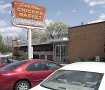 Dell Rheas Chicken Basket on Joliet Road near the Stevenson Expressway in Willowbrook, IL