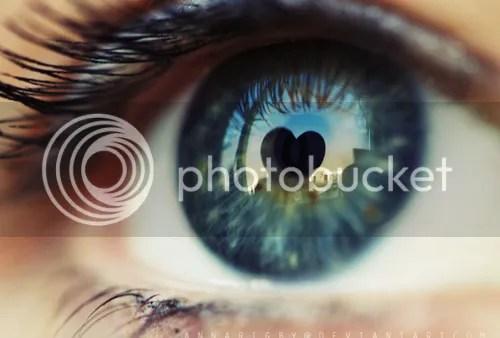 Dry Eyes Symptoms