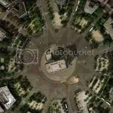 Bird's-eye Survey of Arc de Triomphe