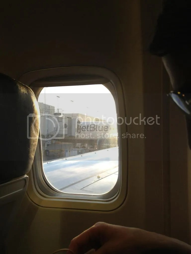 photo plane13_zps29072a4f.jpg