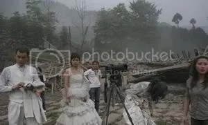 https://i2.wp.com/i293.photobucket.com/albums/mm54/cijeiseven/sichuan%20earthquake/gempa_2.jpg