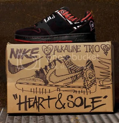 Alkaline Trio Heart and Sole Air Zoom Cush Nike 6.0