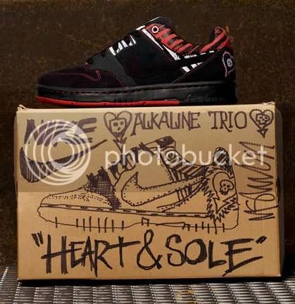 Alkaline Trio Heart and Sole Air Zoom Cush Nike 6.0