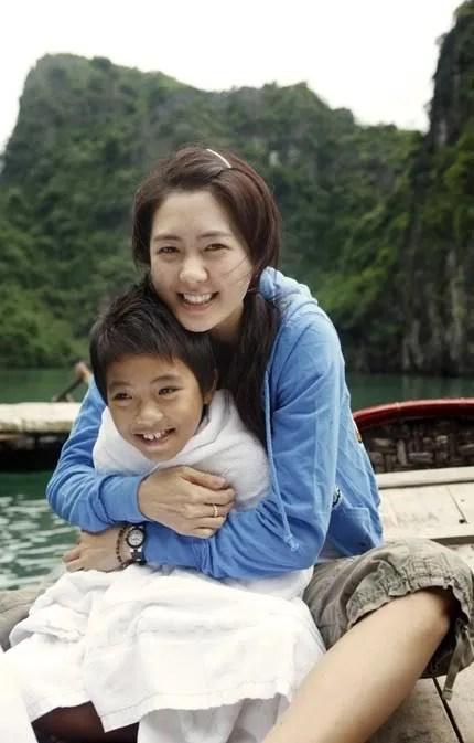https://i2.wp.com/i294.photobucket.com/albums/mm96/javabeans122/act/2008/yowon_vietnam3.jpg