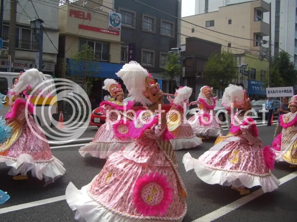poufy pink dresses