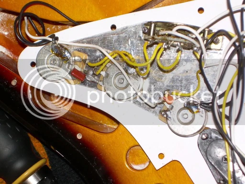Fender Vintage Noiseless Pickups Mystery