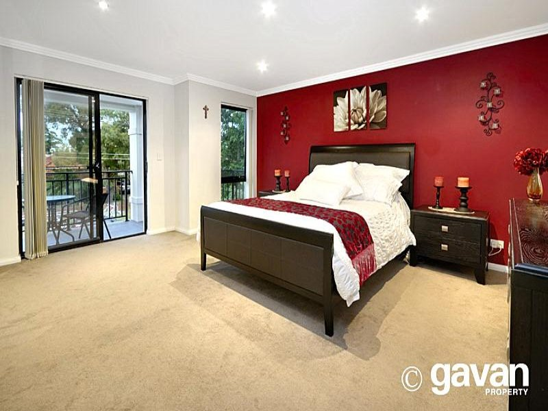 Beautiful Red Feature Wall Bedroom Ideas Part - 3: Red Feature Wall Bedroom Ideas Www Redglobalmx Org