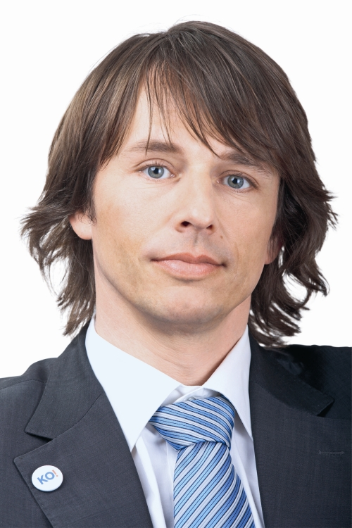 https://i2.wp.com/i3.cn.cz/1247754540_edvard_kozusnik_portretRESIZE.jpg