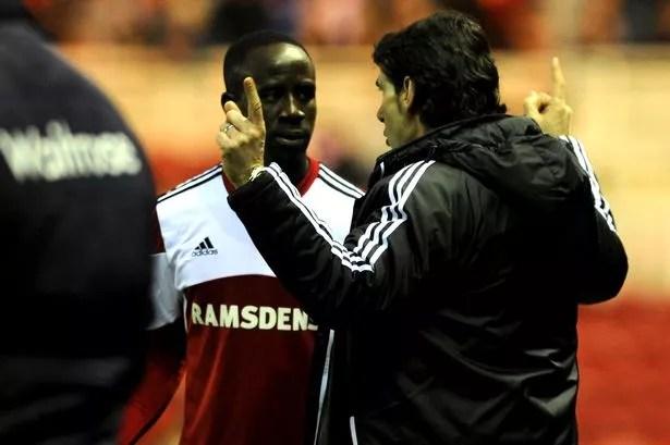 Aitor Karanka gives instructions to Albert Adomah against Reading