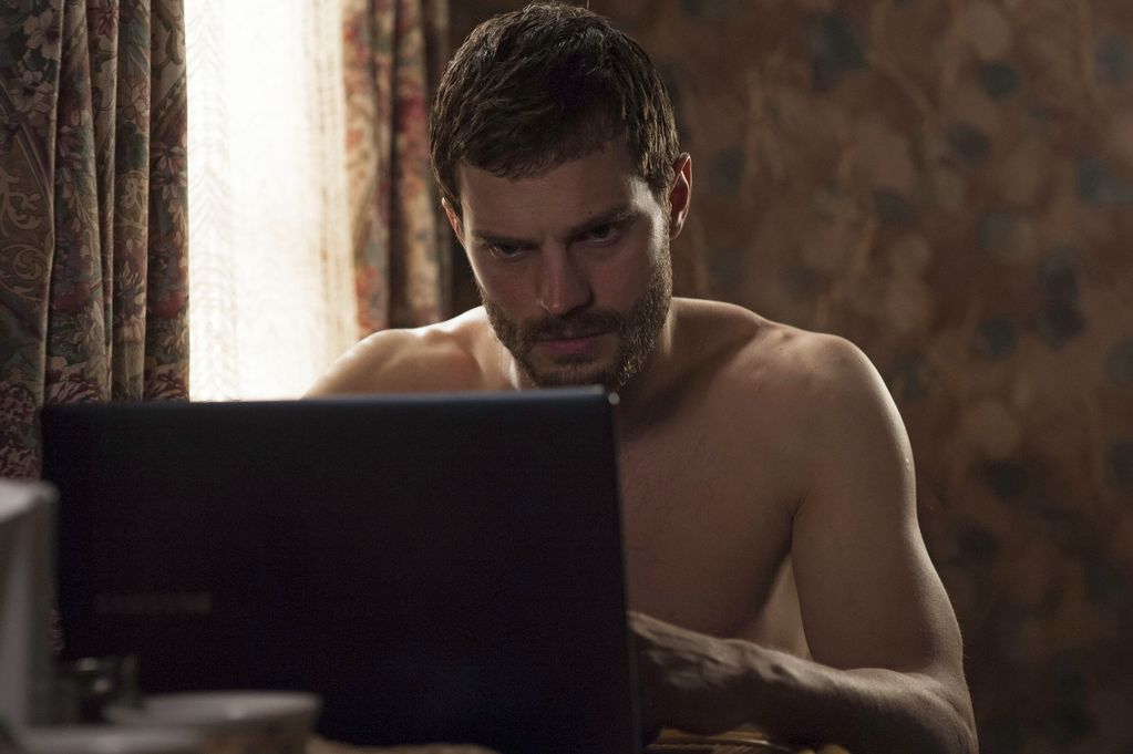 Jamie Dornan Shirtless The Fall Star Strips Off In His