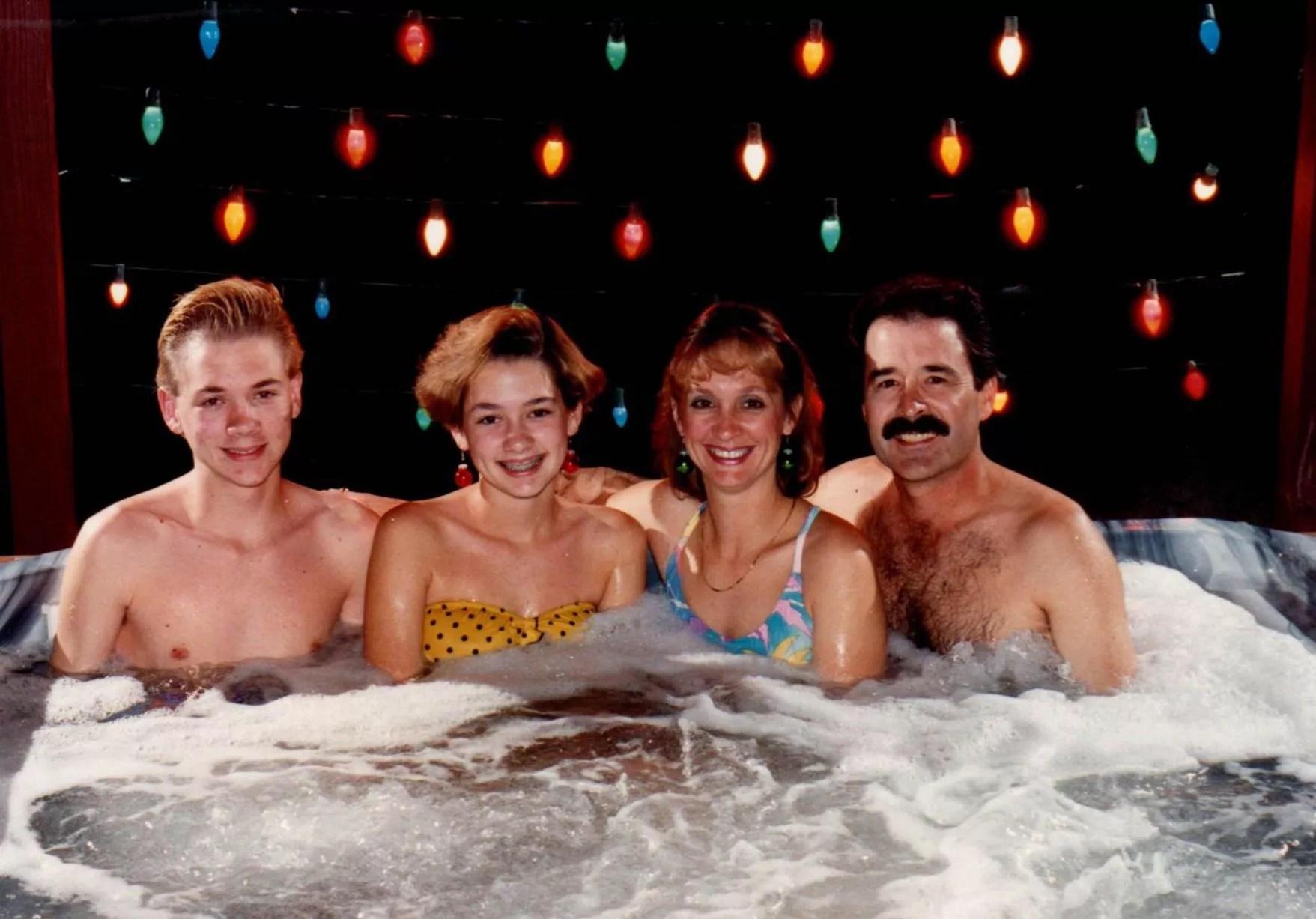 Awkward family Christmas photographs
