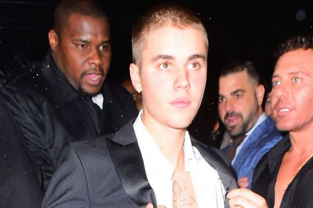 Justin-Bieber Justin Bieber sued for $100k for smashing Robert Morgan's phone