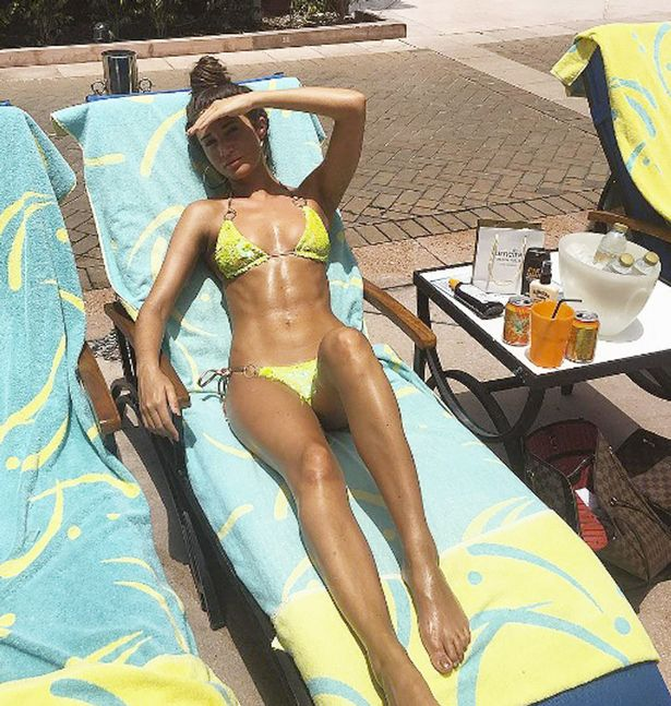 Megan-McKenna-on-Instagram Photos: Megan McKenna flaunts abs in bikini