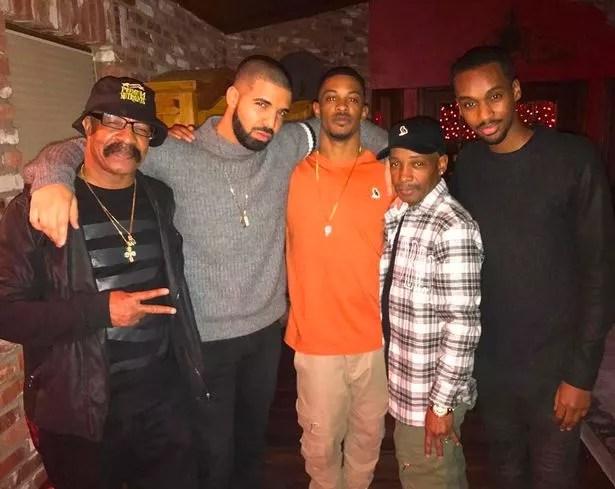 JLo wearing Drake's chain